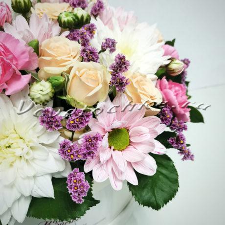 доставка цветов в тольятти, цветы тольятти, доставка цветов тольятти, цветы, шляпная коробка, роза, кустовая роза, хризантема, кустовая хризантема, эвкалипт, гвоздика, кустовая гвоздика